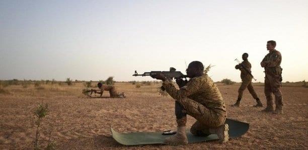 Mali: 26 morts dans une attaque contre un village du centre du pays