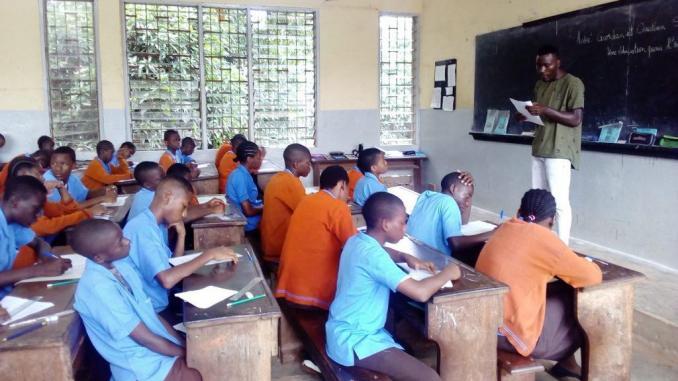 Recrutement Pour instituteurs ou institutrices