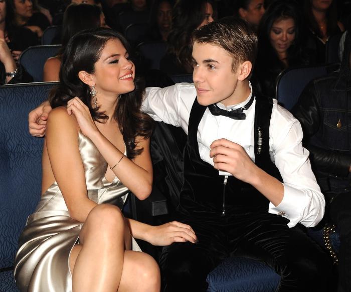 Selena Gomez et Justin Bieber séparés à cause de Kendall et Kylie Jenner ?