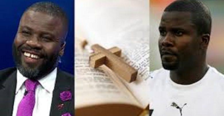 """""""Si vous voulez être grand, lisez la Bible"""", dixit Samuel Kuffour, ancien footballeur ghanéen"""