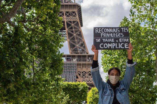 Violences policières: le silence bavard d'Emmanuel Macron
