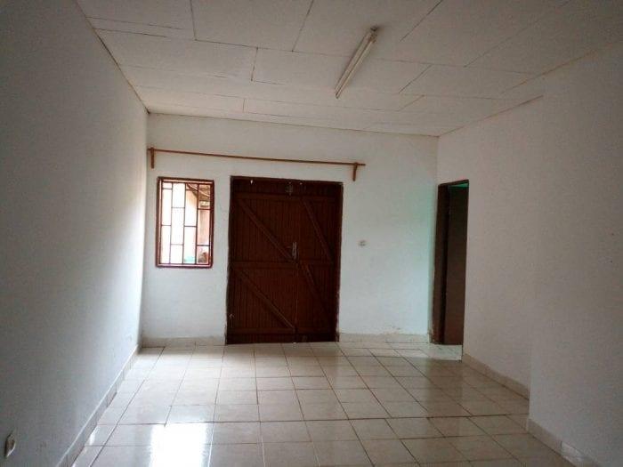 Gabon: un locataire atteint du covid-19 expulsé d'une maison