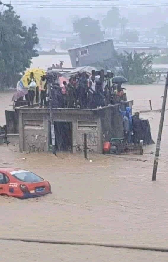 Côte d'Ivoire/Pluies diluviennes: La mort accidentelle d'un livreur par noyade émeut la toile