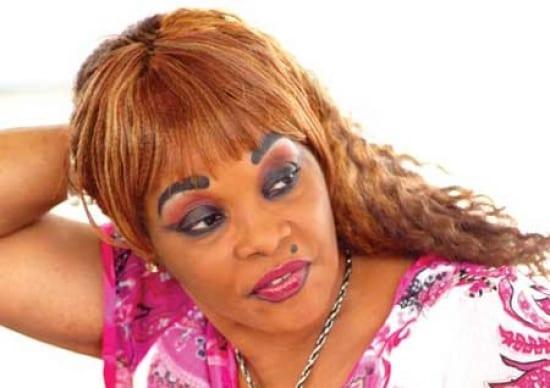 Tina Glamour cherche un mari, les internautes s'enflamment
