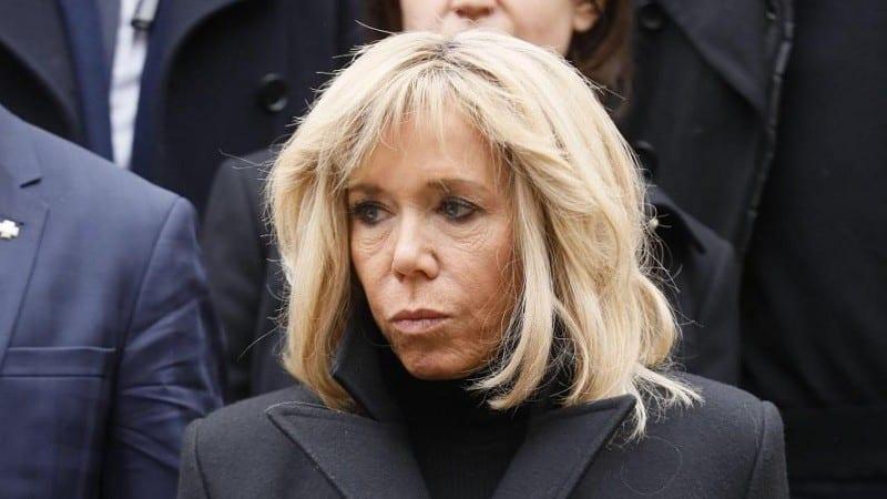 BRIGITTE MACRON : L'ÉPOUSE D'EMMANUEL MACRON BLESSÉE PAR LES CRITIQUES SUR SON PHYSIQUE ET SON ÂGE !