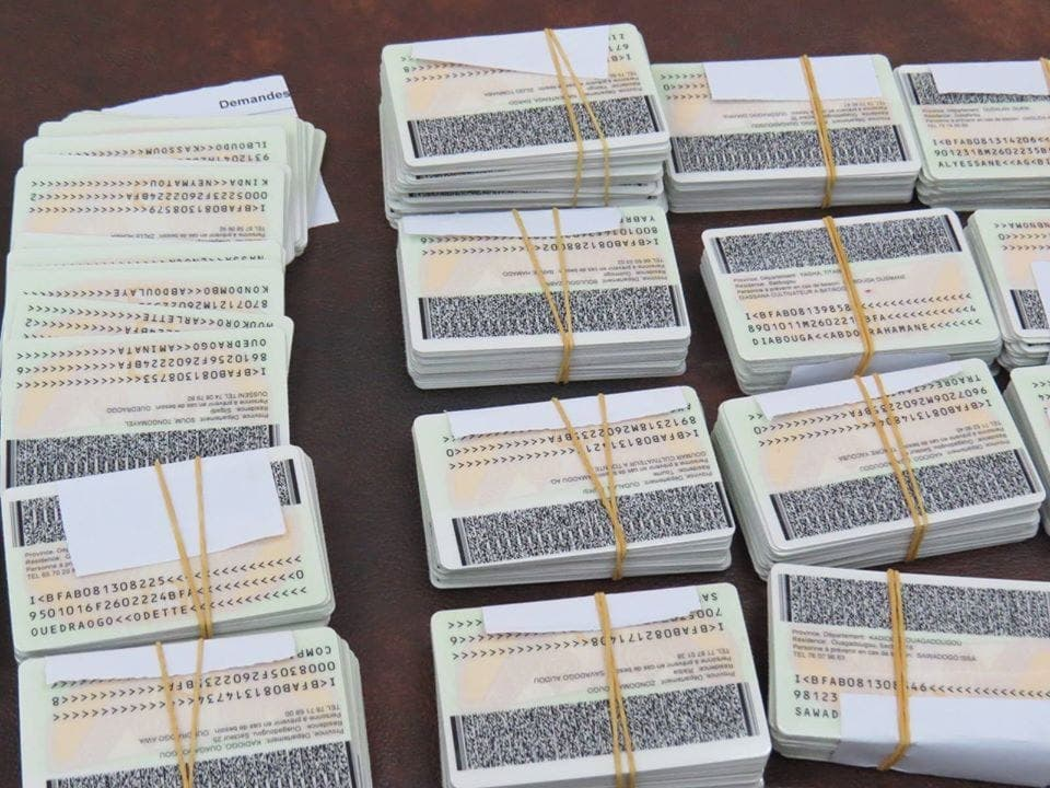 Burkina Faso : des cartes d'identité non délivrées en raison de la dépigmentation
