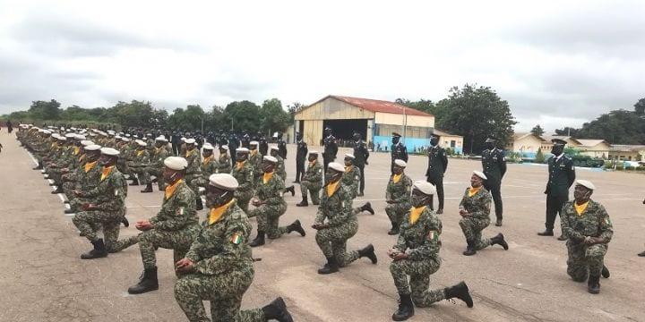 CÔTE D'IVOIRE : NSOA: 275 ÉLÈVES OFFICIERS ET SOUS-OFFICIERS DES DOUANES PRÉSENTÉS (…)