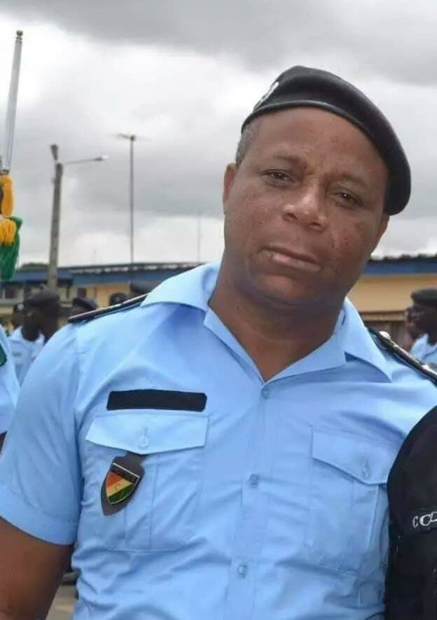 Côte d'Ivoire : Voici pourquoi le célèbre commissaire Wakouboué dort à la belle étoile