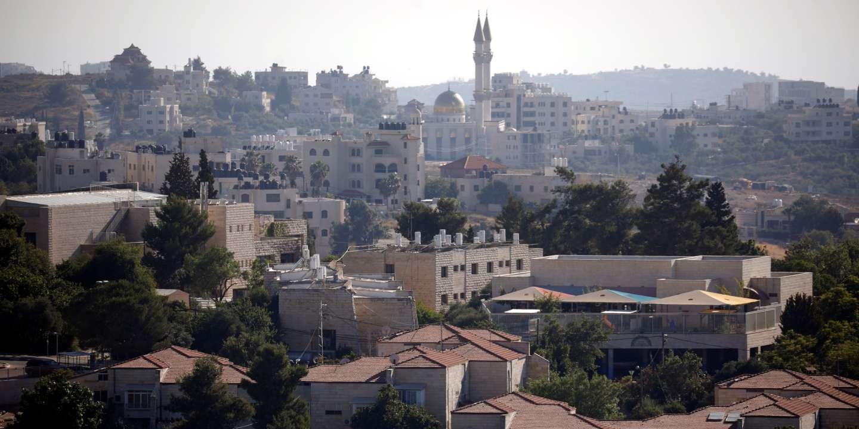ISRAËL TEMPORISE SUR L'ANNEXION D'UNE PARTIE DE LA CISJORDANIE
