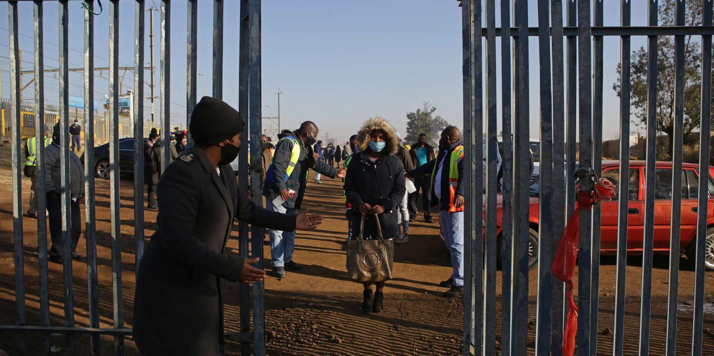LE NOMBRE DE NOUVELLES INFECTIONS AU CORONAVIRUS EXPLOSE EN AFRIQUE DU SUD