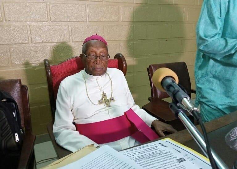 Mgr Kpodzro : « Faure Gnassingbé ne dort plus, il n'arrive plus à rester dans son palais »