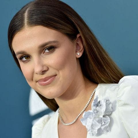 Millie Bobby Brown, (16 ans) a plus de followers sur Instagram que Davido et Tiwa Savage