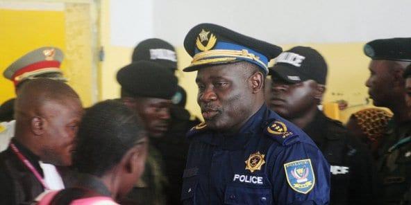 RDC : que va devenir John Numbi, le controversé général qui refuse de rentrer à Kinshasa ?