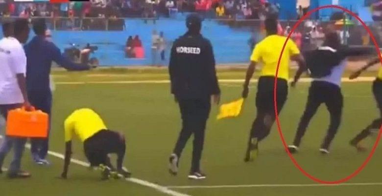 Somalie: exclu, un entraîneur tabasse le 4e arbitre et pourchasse l'arbitre central (vidéo)