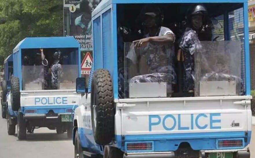 Cameroun : Un policier tabassé pour avoir sauvé un voleur de motos