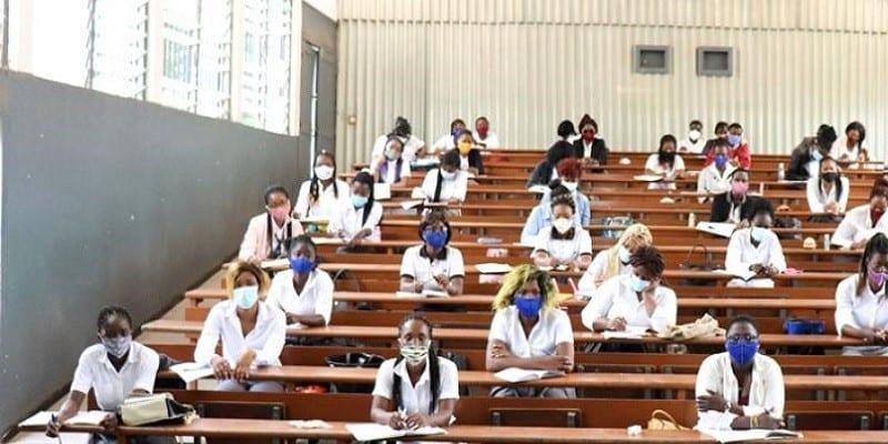 UNIVERSITE DE LOME ,DES ÉTUDIANTS TESTÉS AU COVID-19
