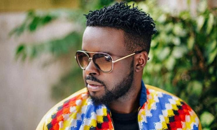 L'artiste camerounais Locko demande officiellement sa petite amie en mariage