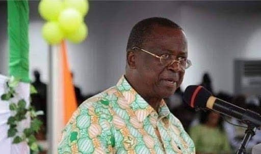 Covid-19 : Jeannot AHOUSSOU, président du sénat ivoirien testé positif