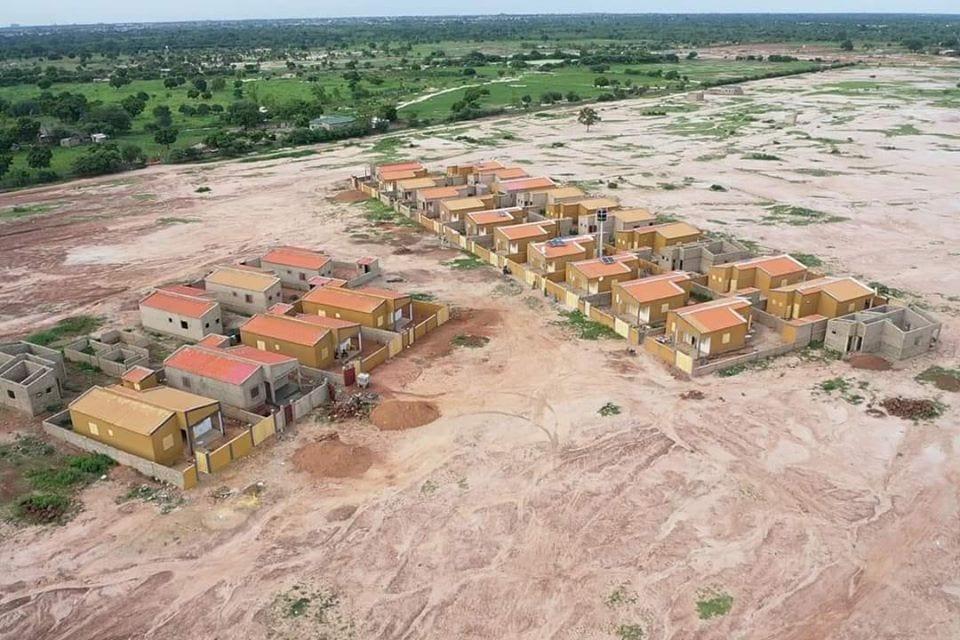 Burkina Faso : la cité des Afro-américains en construction