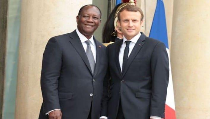Emmanuel Macron taclé par l'opposition ivoirienne sur Twitter