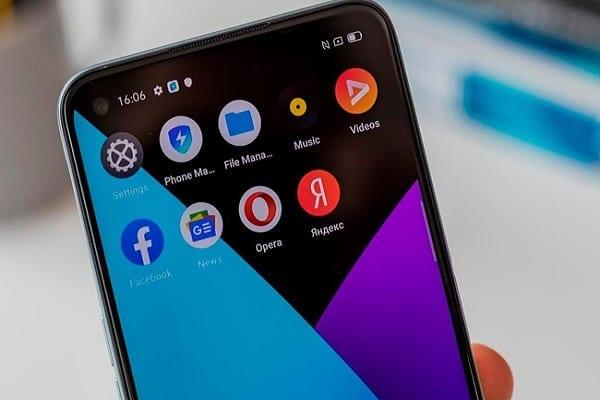 Des téléphones chinois avec des logiciels malveillants intégrés vendus en Afrique