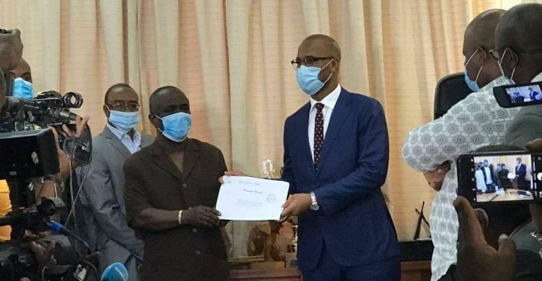 Élection à la FIF : Didier Drogba a déposé ses dossiers de candidature !-Photos