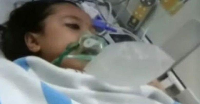 Une fille de 12 ans morte revient à la vie lors de la préparation de ses funérailles
