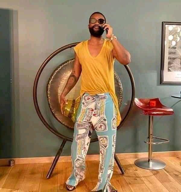 Fally Ipupa : Son dernier look déjanté fait rire les internautes