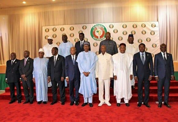 Mali : la Cédéao donne jusqu'au 15 pour la désignation d'un président «civil»