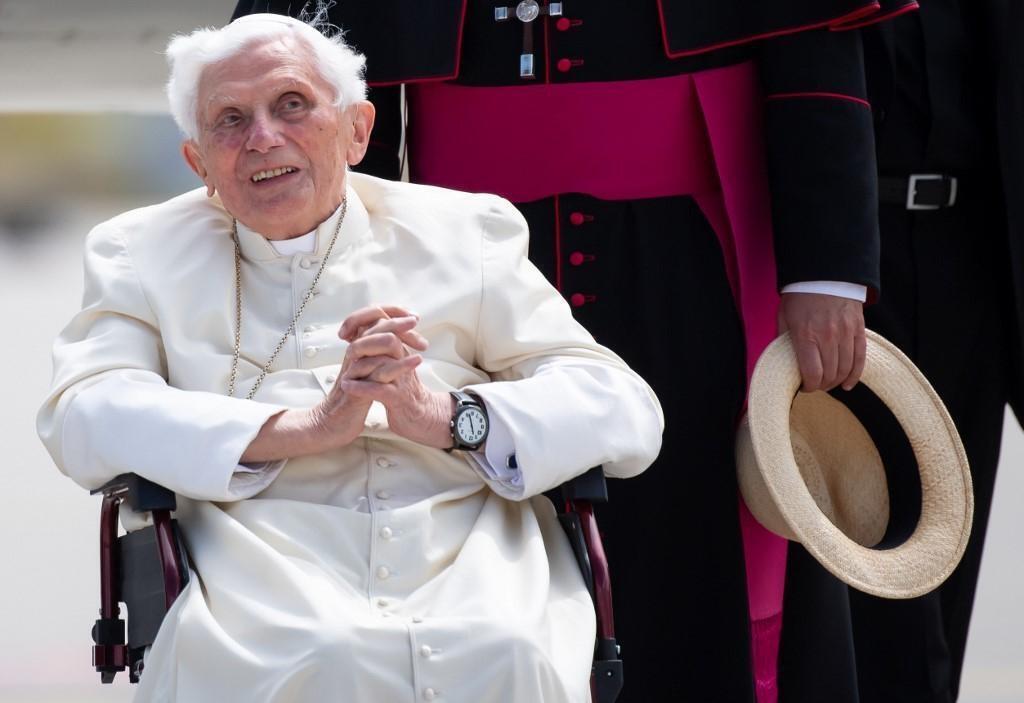 L'ancien Pape Benoît XVI dans un état critique
