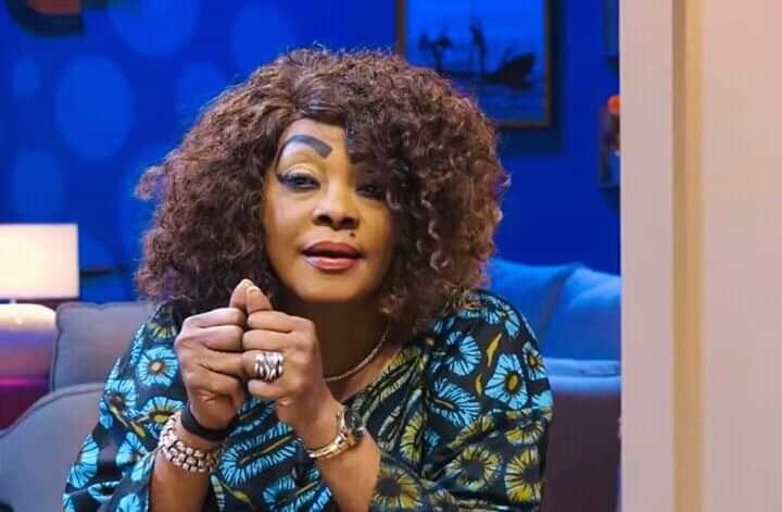 Tina Glamour explique une altercation qu'elle a eue avec SKelly