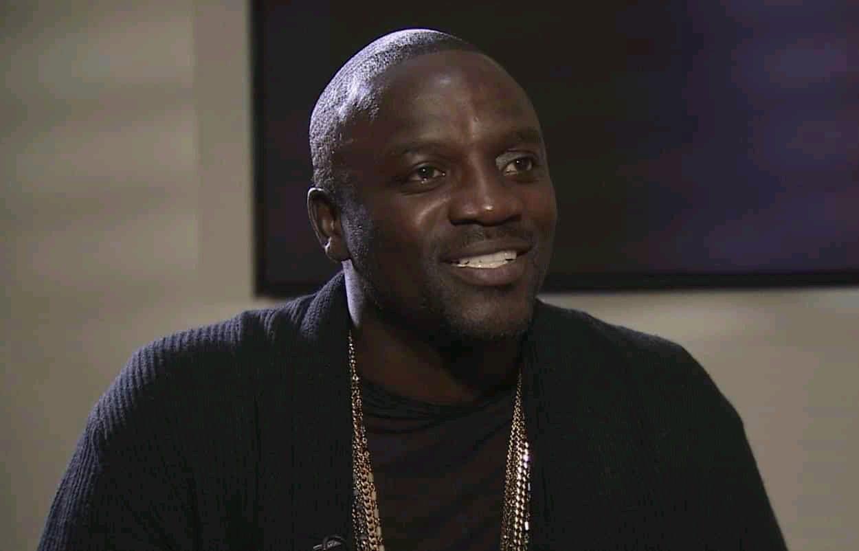 Akon conseille aux africains d'oublier l'esclavage et ça ne passe pas