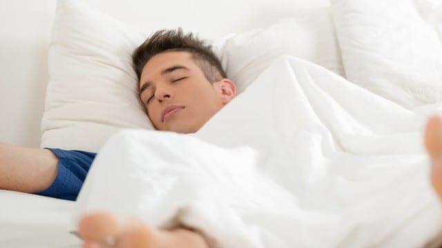 Érections matinales des hommes, les causes