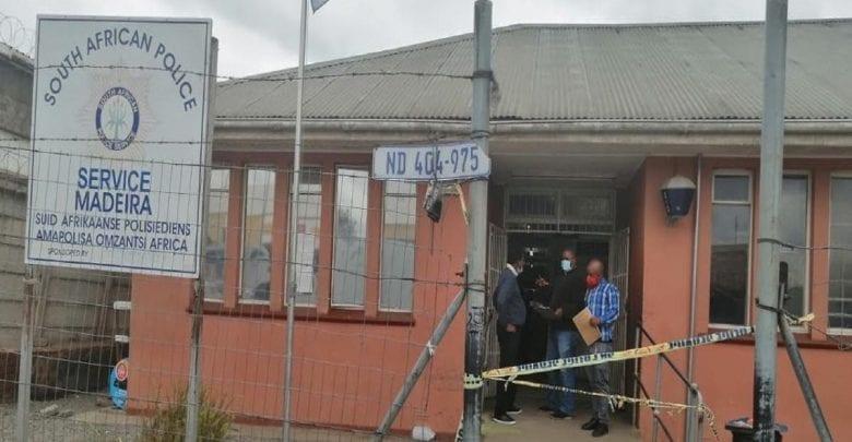 Afrique du Sud: une femme abattue par son mari dans un poste de police