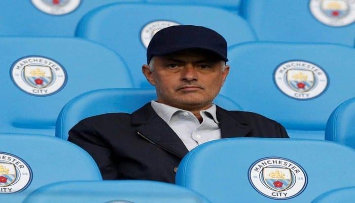 José Mourinho s'en prend à Manchester City