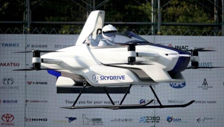 Le Japon teste avec succès un modèle de voiture volante (vidéo)