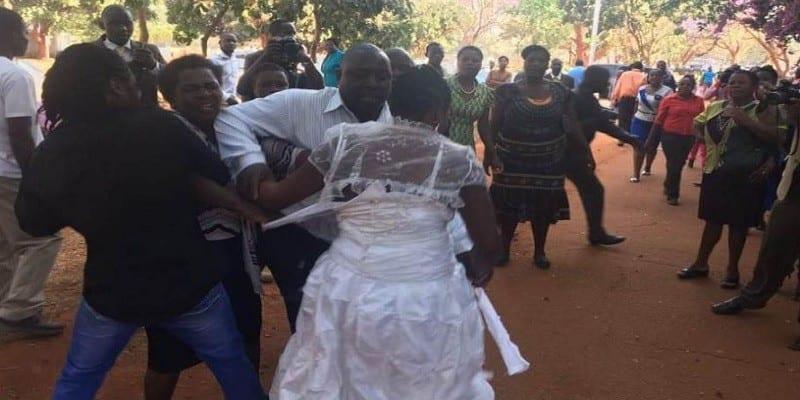 Nigeria : une mariée gifle sa belle-mère devant les invités