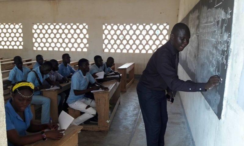 Recrutement D'enseignants Anglophone et Francophone