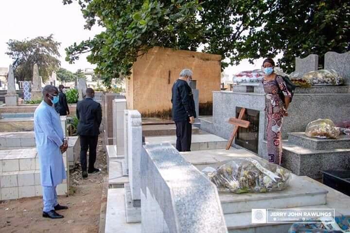 Togo : Jerry John Rawlings rend  un vibrant hommage à Edem Kodjo