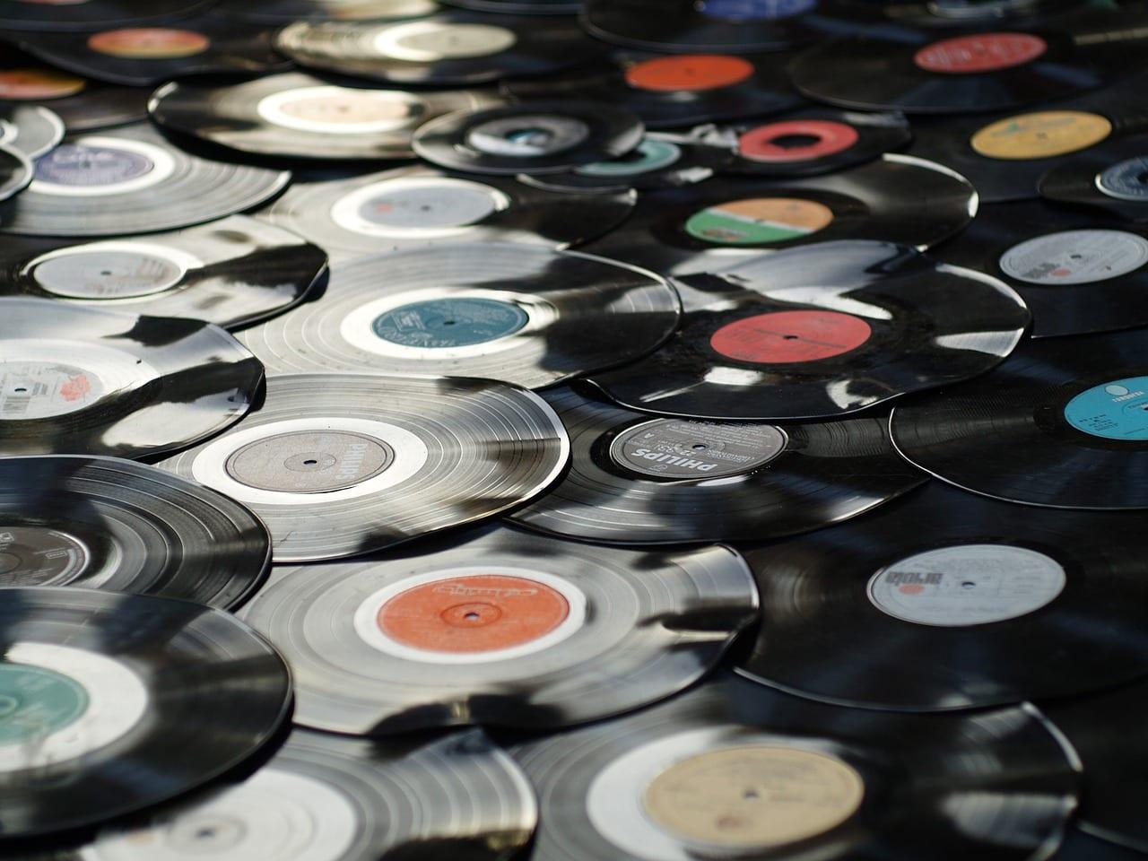 Top 50 des albums les plus vendus dans le monde