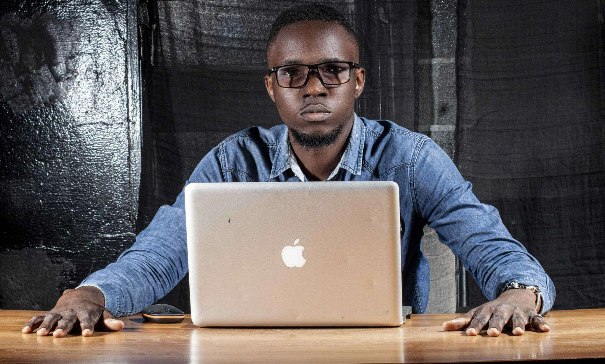 Yoan Taba est un le jeune Congolais de 21 ans qui à developpé l'app Muendo