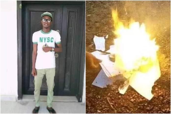 Nigeria: un jeune embarassé, met le feu à ses diplômes