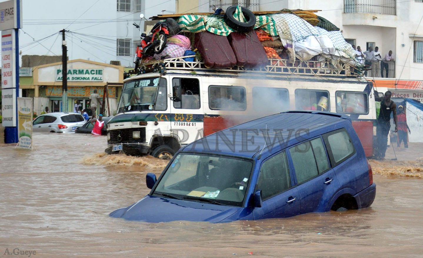 Inondations au Sénégal : Macky Sall débloque 10 milliards FCFA