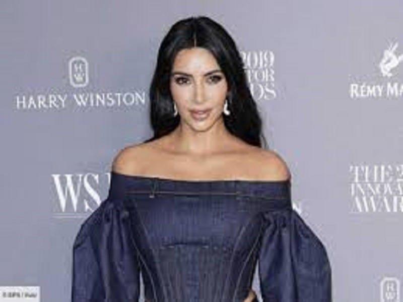 Kim Kardashian poste une photo qui ne plaît pas du tout à sa sœur Kylie Jenner