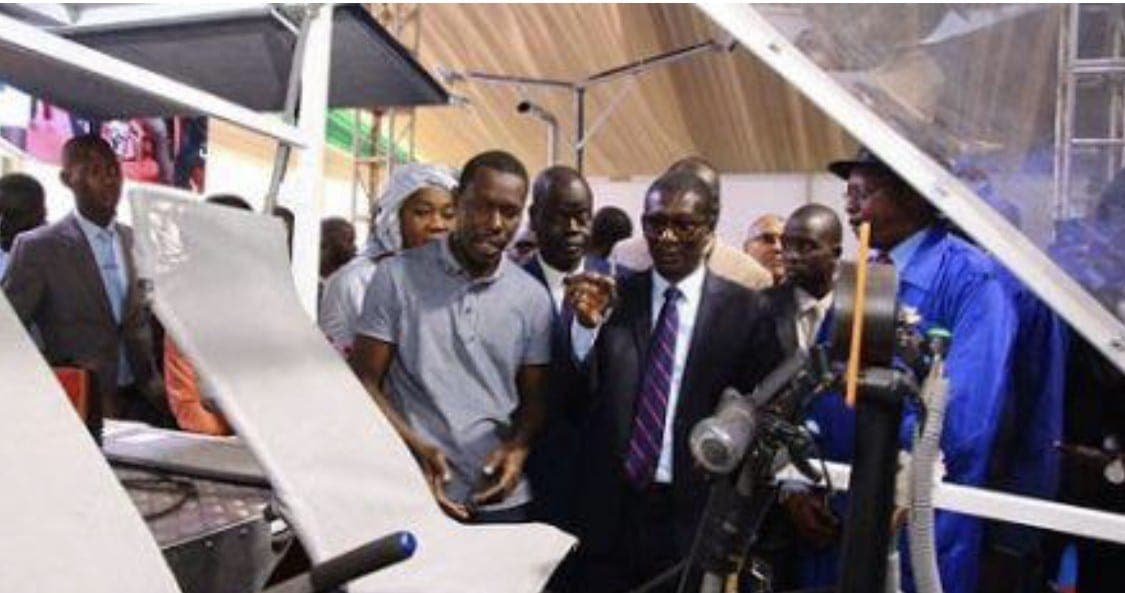 Sénégal : Un ingénieur conçoit un véhicule solaire capable de fournir de l'électricité