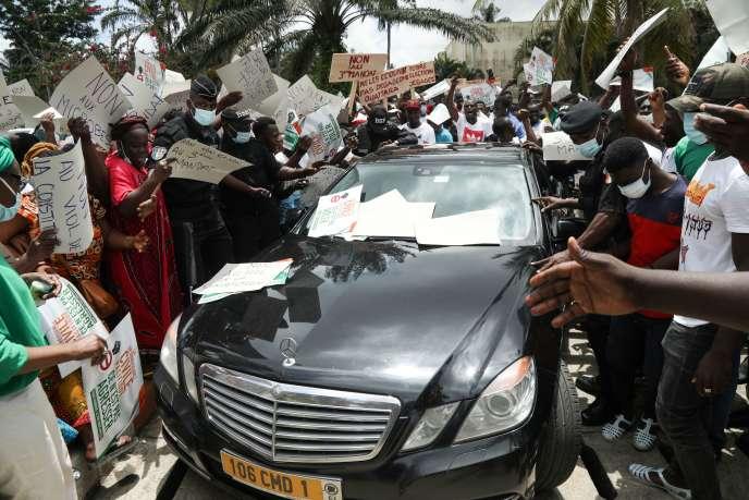 Côte d'Ivoire : à dix jours de l'élection, Abidjan retient son souffle