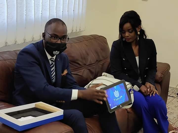 Congo : les soignants auront bientôt des tablettes médicales