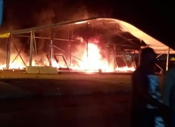 Côte d'Ivoire : un centre de dépistage de la Covid-19 en feu