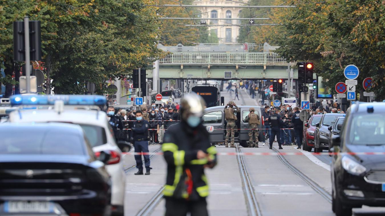 DIRECT. Attentat à la basilique de Nice: trois morts par arme blanche, E. Macron attendu