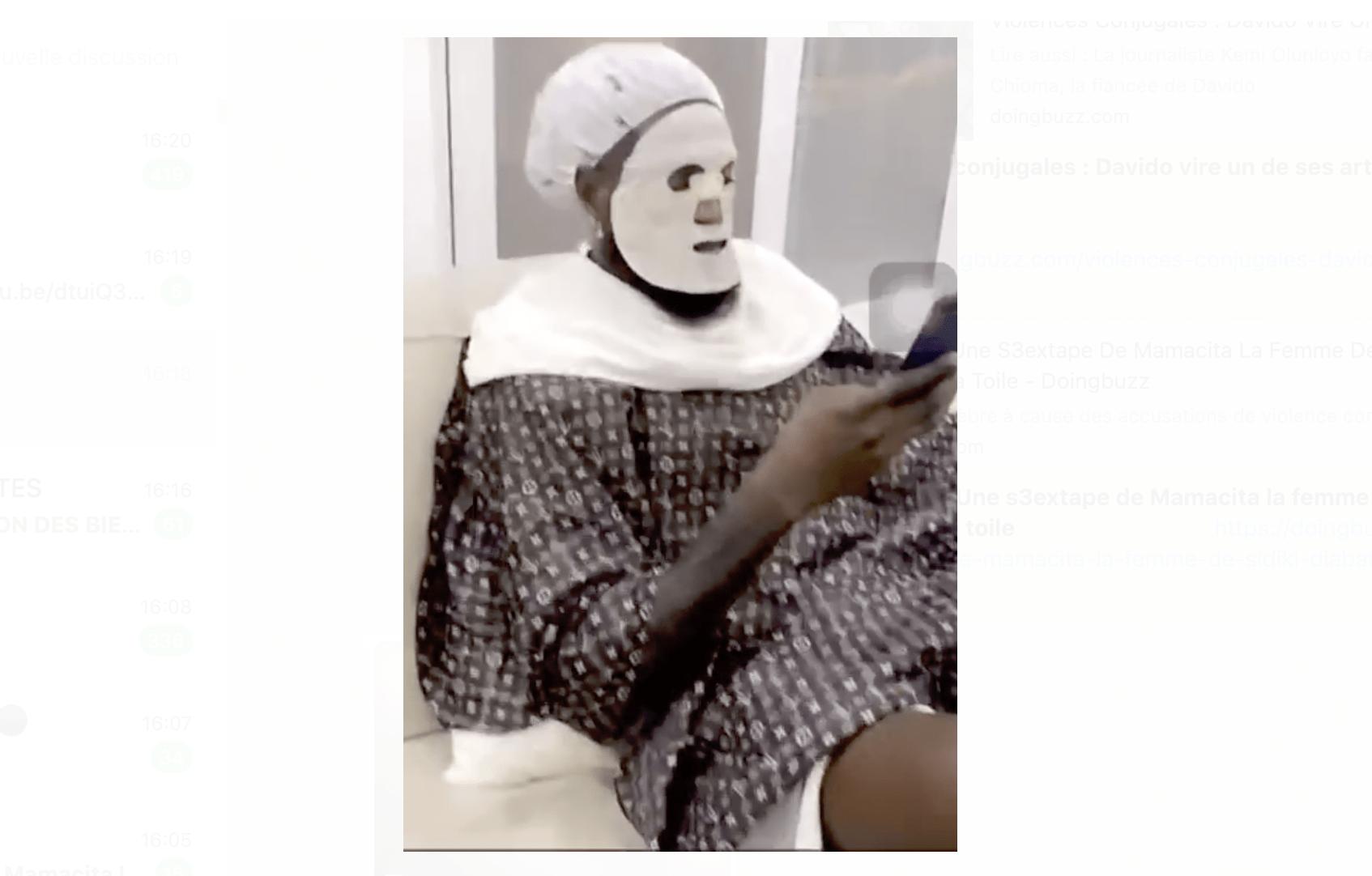 Emmanuel Adebayor partage sa séance luxueuse de soins de visage